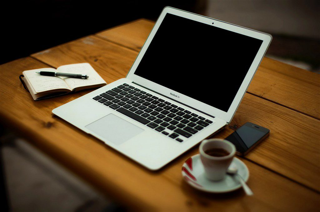 Freelancing and outsourcing - Outsource Accelerator