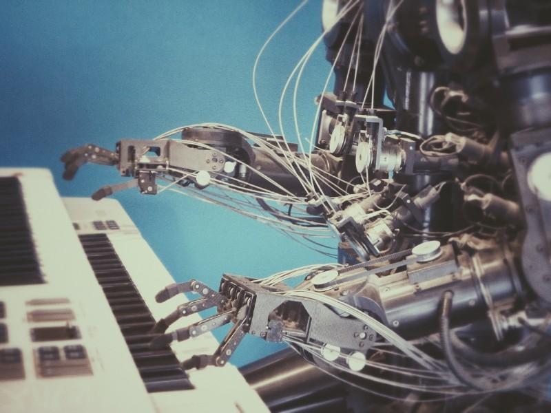 robot on piano