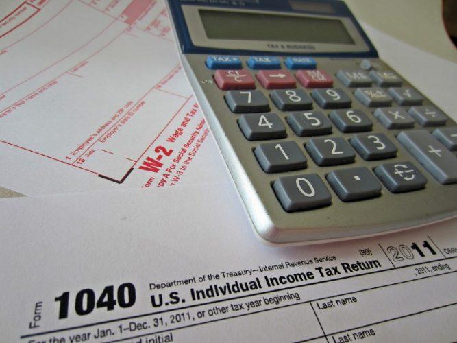 payroll and calculator