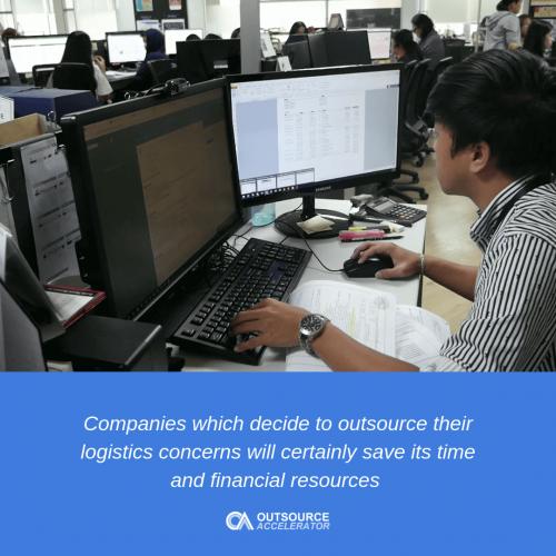 Benefits of outsourcing logistics software development